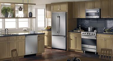 Appliances a key ingredient to luxurious kitchens the - Cucine con frigo esterno ...