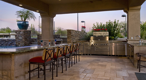 Celebrating cinco de mayo with spanish style the house for Spanish style outdoor kitchen