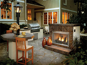 Heat and Glo Dakota Outdoor Fireplace