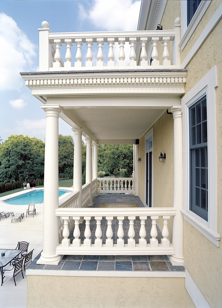House plans with fabulous porches the house designers for Front porch pillars design