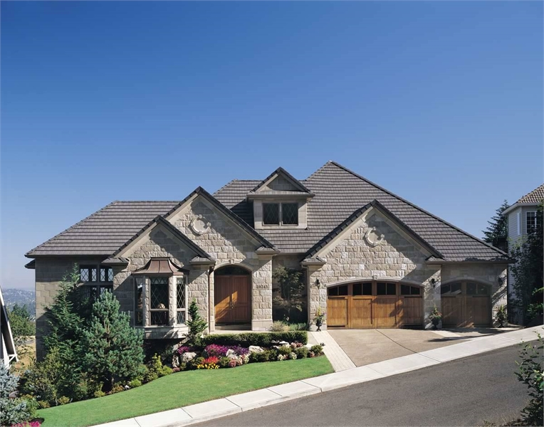 Plan 2479 - Front Exterior