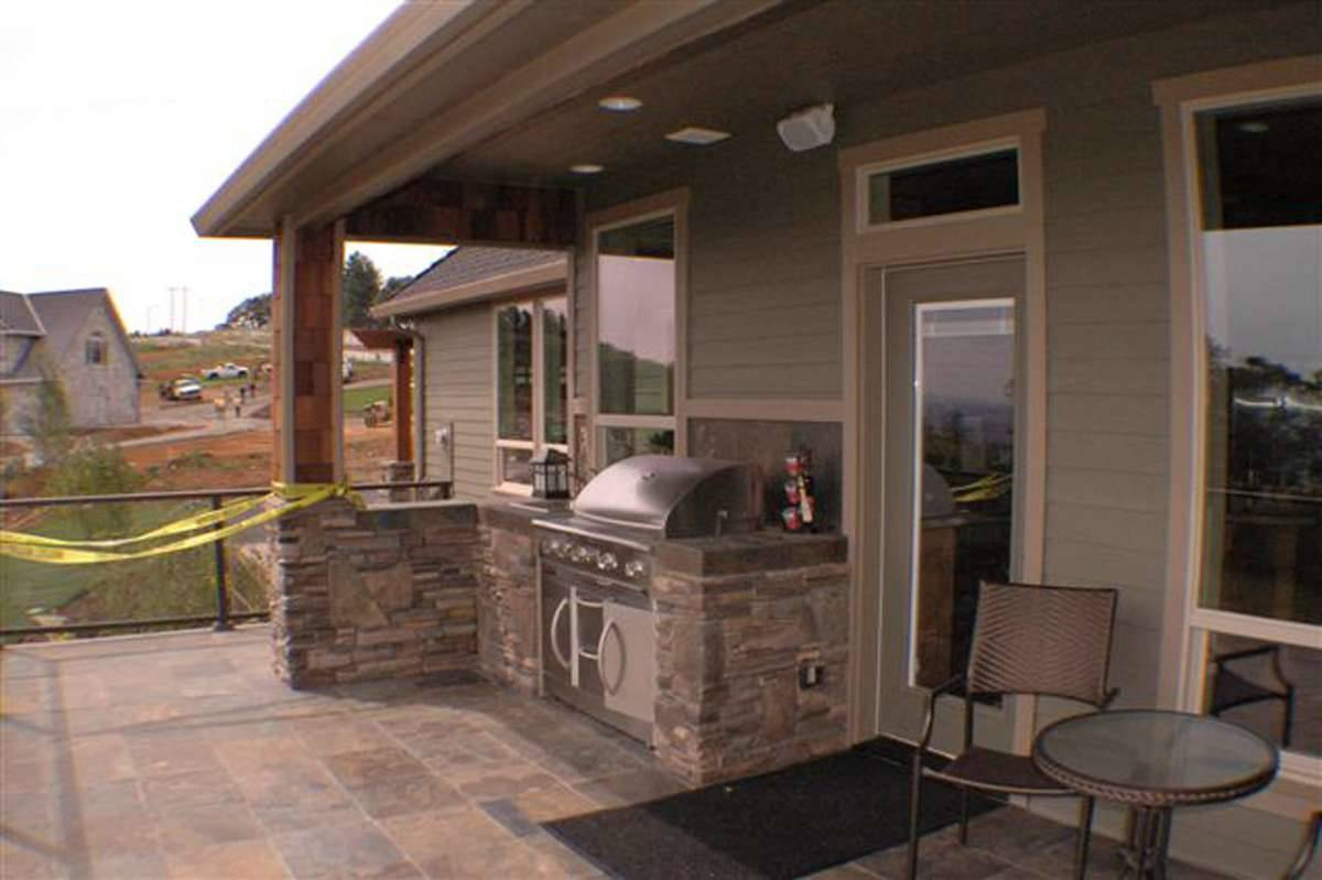 Plan 2481 - Outdoor Living