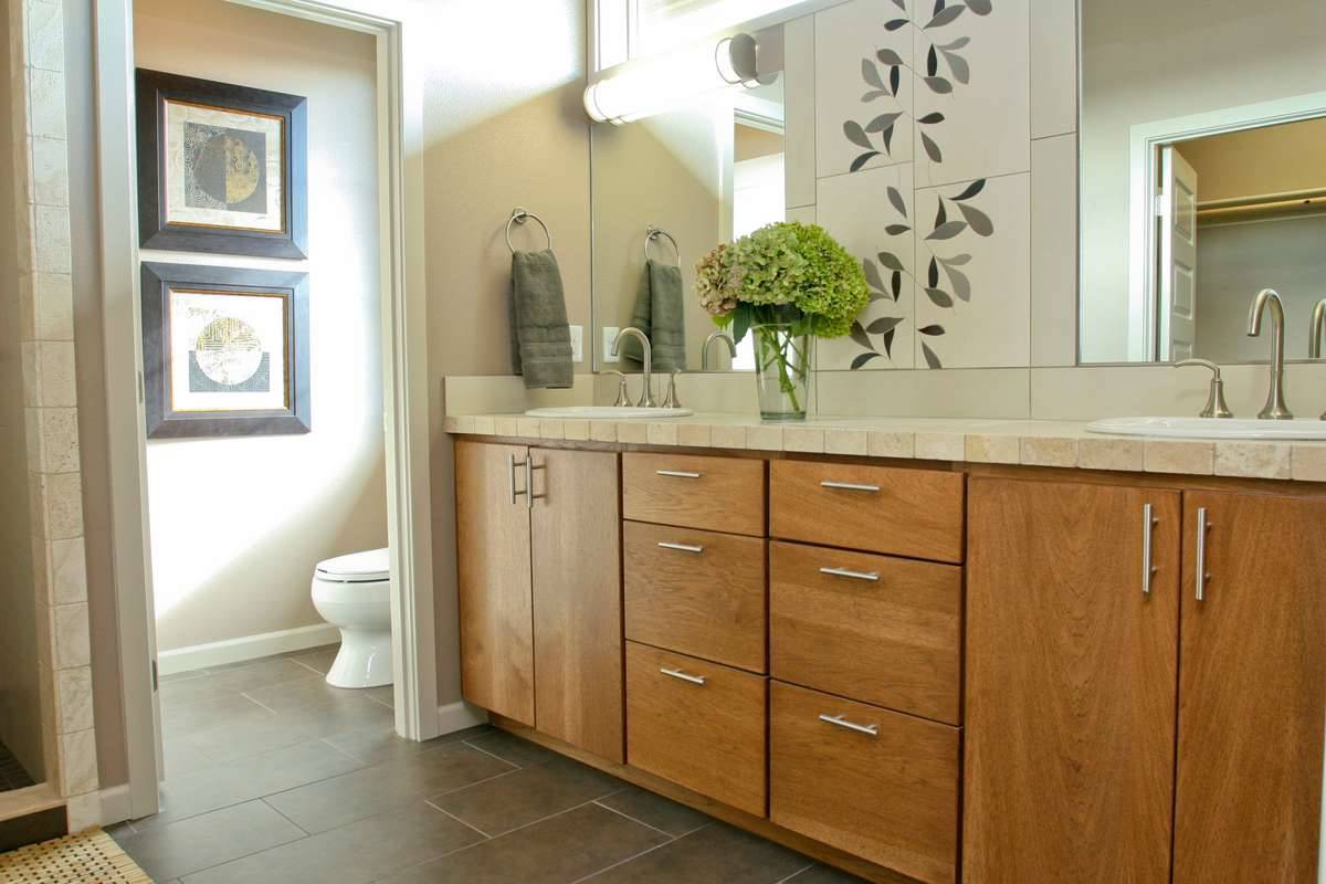 Plan 3058 - Master Bathroom