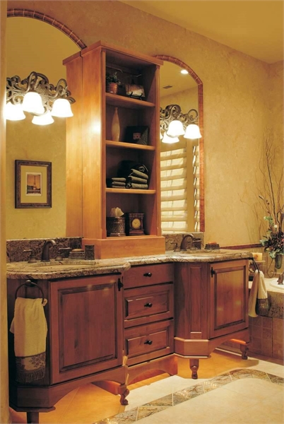 Plan 4616 - Master Bathroom
