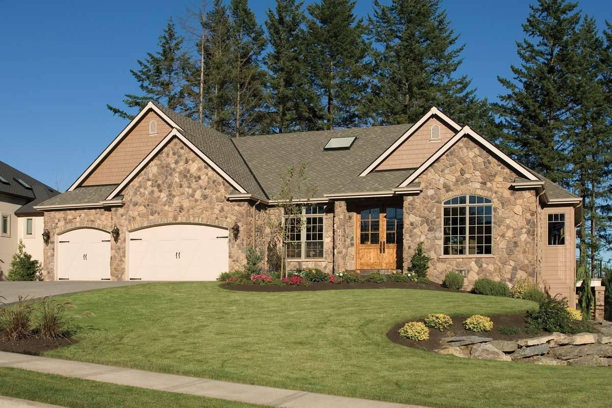 Plan 5249 - Front Exterior