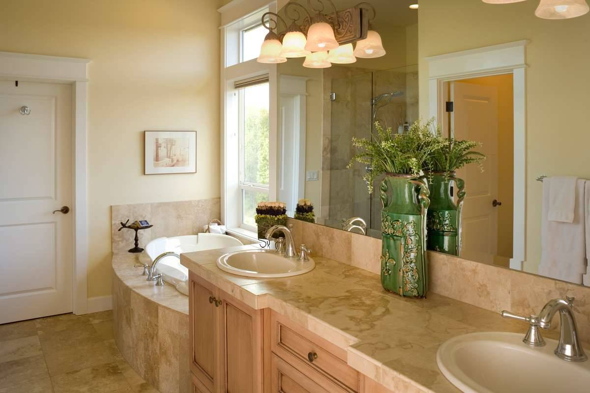 Plan 5249 - Master Bathroom
