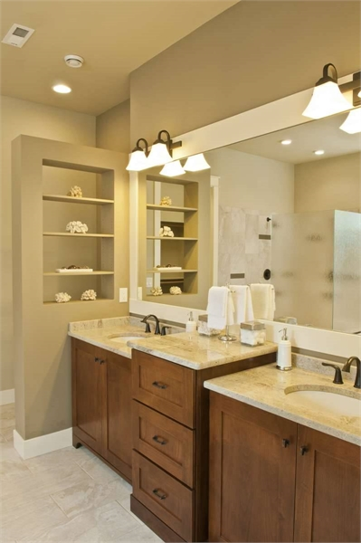 Plan 8290 - Master Bathroom