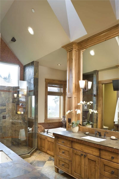 Plan 8320 - Master Bathroom
