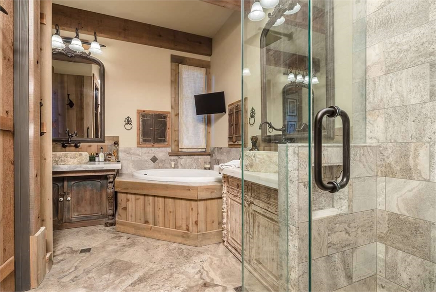 Plan 9212 - Master Bathroom