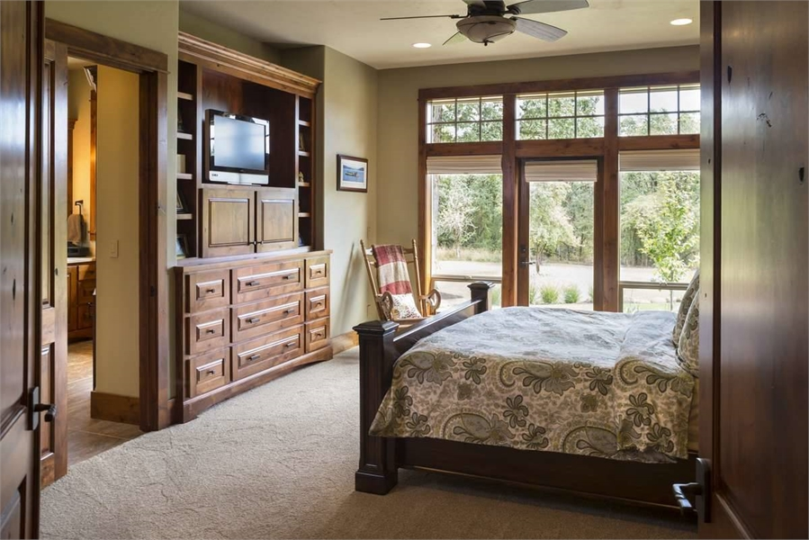 Plan 9215 - Master Bedroom