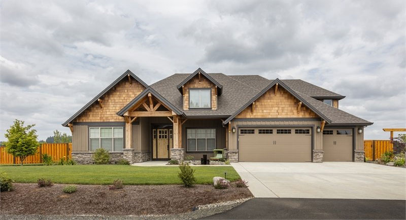 House Plan 8290: Ample 3 Bedroom