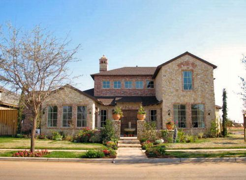 Luxury house plan with four bedrooms for Toscana house