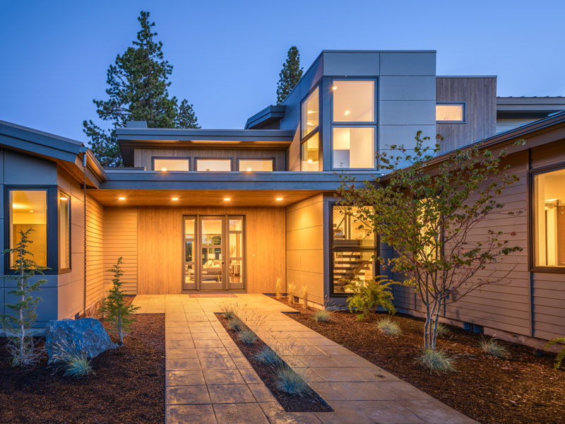 Luxury contemporary 9044 3 bedrooms and 3 baths the for House plans bend oregon