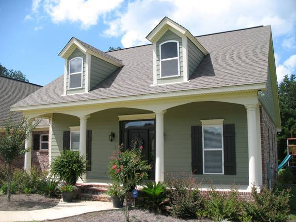 The pecan orchard 6262 3 bedrooms and 2 5 baths the - How much paint for 1800 sq ft exterior ...