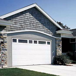 Energy saving insulated garage doors the house designers for Raynor centura garage doors