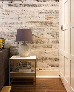 A DIY Wood Wallcovering