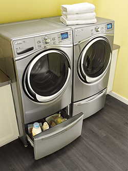 Whirlpool® Smart Front Load Washer with 6th Sense Live™ Technology